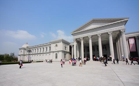 台南-奇美博物館入館+玩樂《松興租車125C.C.X1+2人入館》-預約